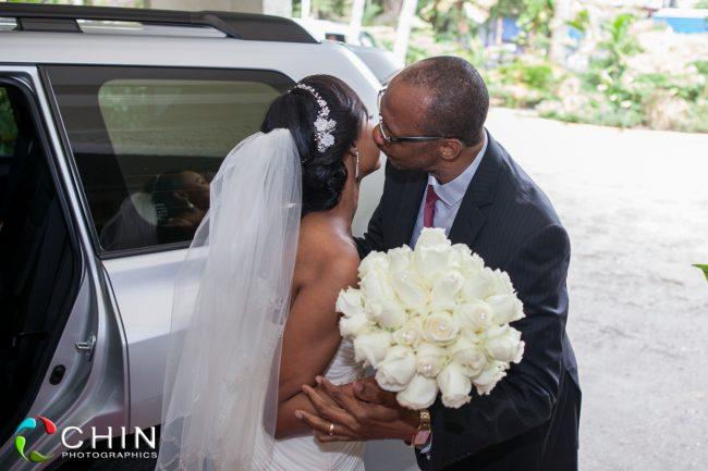 A father's kiss - terra nova wedding
