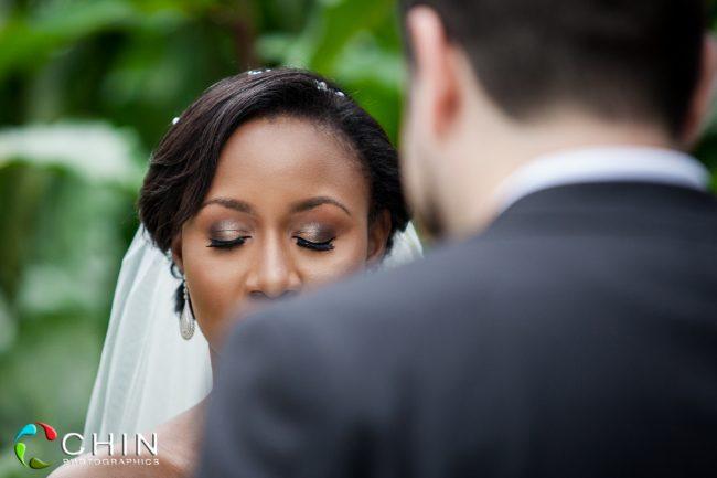 Boone Hall Oasis Wedding Bride Praying