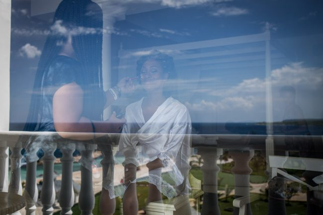 getting-ready-reflections-wedding-photography