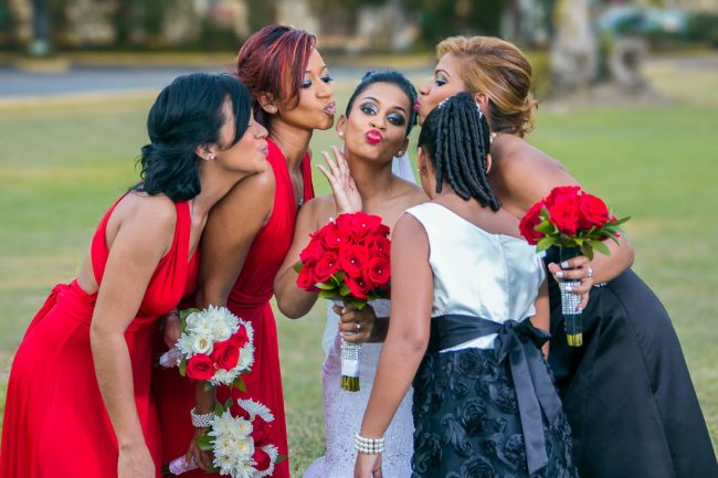 kissing-bridesmaids-terra-nova-weddings